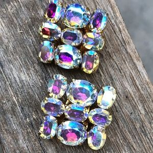 VINTAGE Aurora Borealis {CRYSTAL Earrings} Clip On